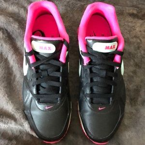 Nike air max women's size 9